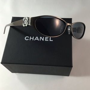Chanel 4166 373/73. Authentic Vintage Camellia Sun